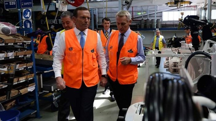 The ubiquitous high-vis vest in the Australian 2013 federal election